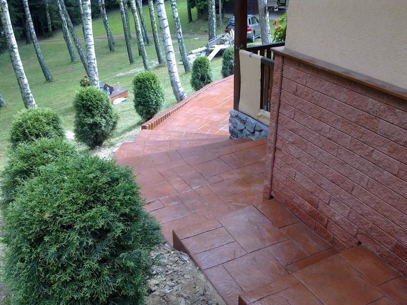 Schody ražený beton